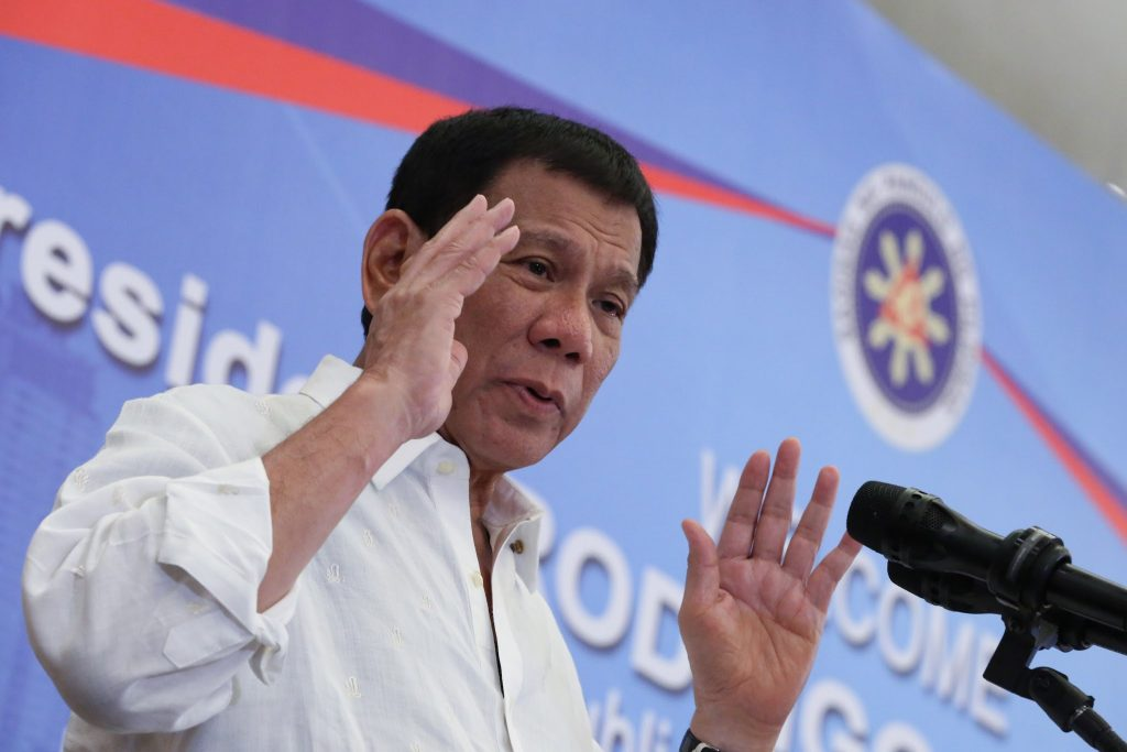 Rodrigo_Duterte_delivers_his_message_to_the_Filipino_community_in_Vietnam_during_a_meeting_on_September_28