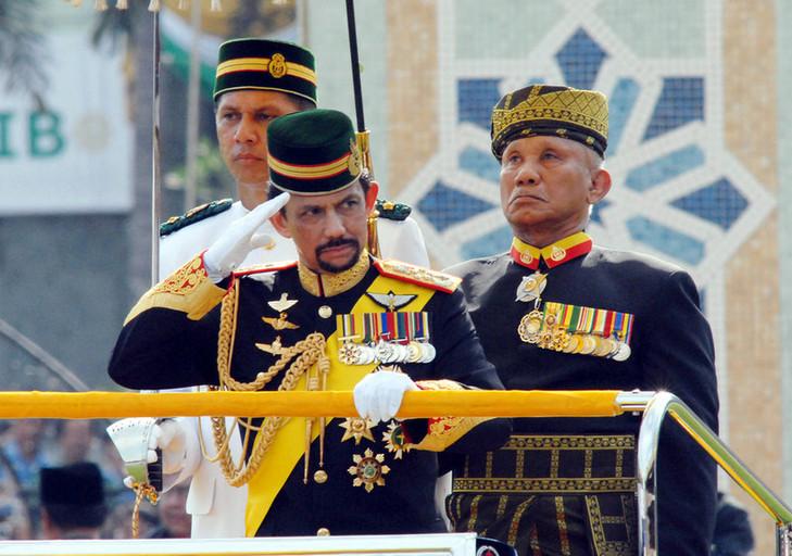 Sultán de Brunei, Muda Hassanal Bolkiah